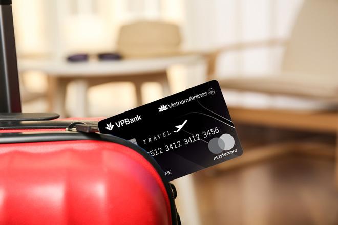 Du lịch thoải mái với thẻ tín dụng